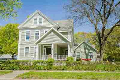 Saratoga County Single Family Home For Sale: 138 Nelson Av