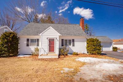 Schenectady County Single Family Home New: 2 Birch La