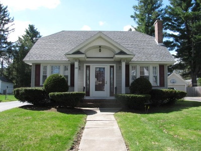 Gloversville Single Family Home For Sale: 184 First Av