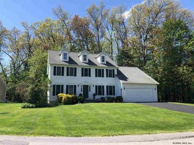 Clifton Park Single Family Home For Sale: 1 Donswood Ct
