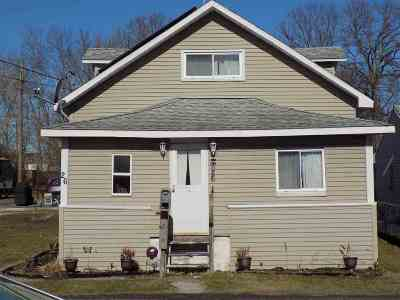 Single Family Home For Sale: 26 Sherwood Av