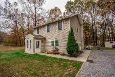 Wilton Single Family Home For Sale: 3 Jones Ct