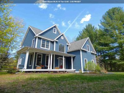 Saratoga Springs Single Family Home For Sale: 2 Meghan Ct
