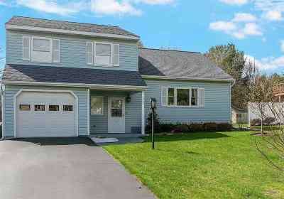 Scotia Single Family Home For Sale: 7 Deerfield Pl