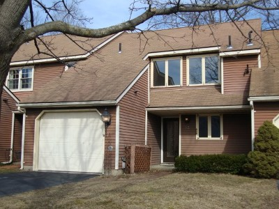 Single Family Home For Sale: 52 Commonwealth Dr