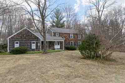 Clifton Park Single Family Home For Sale: 107 Nottingham Way South