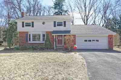 Niskayuna Single Family Home For Sale: 1924 Dover Dr