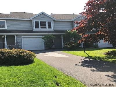 East Greenbush Single Family Home For Sale: 74 Plaza Av