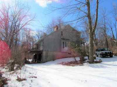 Columbia County Single Family Home For Sale: 9 Howard Dr