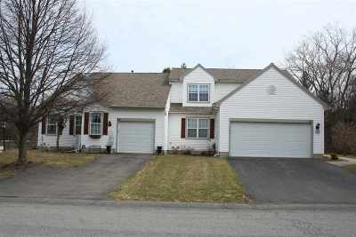 East Greenbush Single Family Home For Sale: 41 Empire Cir