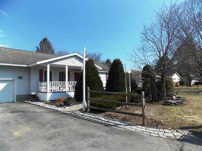 Albany, Amsterdam, Cohoes, Glens Falls, Gloversville, Hudson, Johnstown, Mechanicville, Rensselaer, Saratoga Springs, Schenectady, Troy, Watervliet Single Family Home For Sale: 8 Moore Av