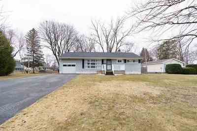 Colonie Single Family Home For Sale: 59 Red Fox Dr