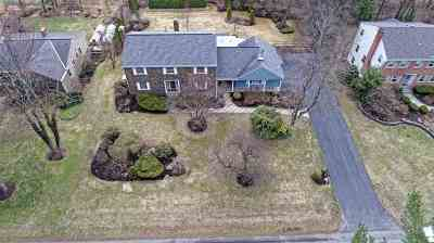 Niskayuna Single Family Home For Sale: 1366 Rosehill Blvd