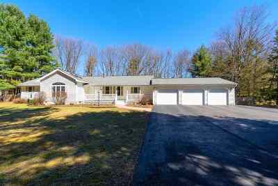 Single Family Home For Sale: 370a Moe Rd