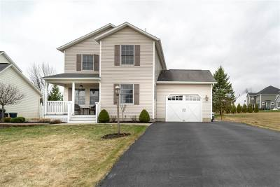 Colonie Single Family Home For Sale: 8 Lockwood Pl
