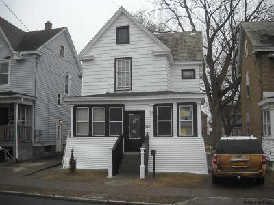 Schenectady Single Family Home For Sale: 826 Main Av