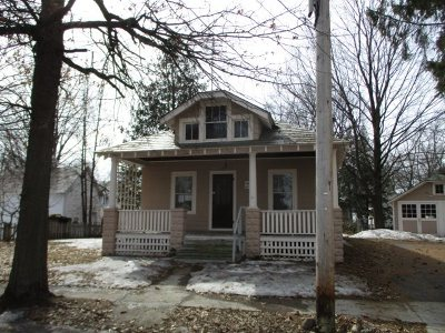Glens Falls Single Family Home For Sale: 4 Fourth St