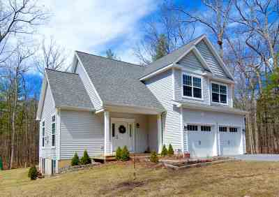 Wilton Single Family Home For Sale: 141 Ruggles Rd