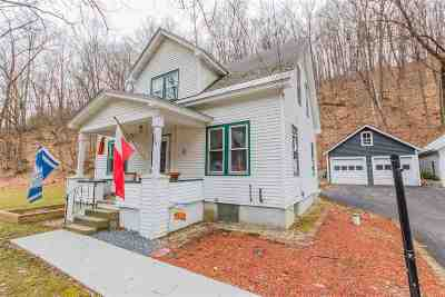Amsterdam Single Family Home For Sale: 209 Cranes Hollow Rd