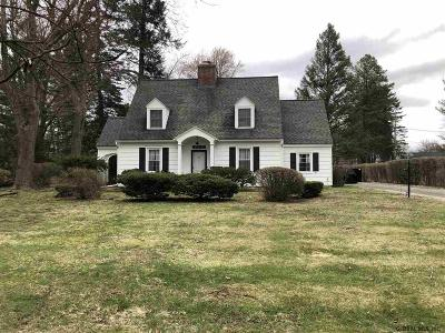Colonie Single Family Home For Sale: 13 Cherry Tree Rd