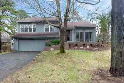 Albany Single Family Home New: 21 W Meadow Dr