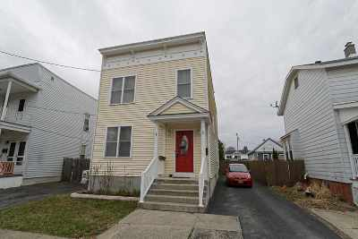 Cohoes Single Family Home For Sale: 64 Amity St