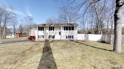 Saratoga Single Family Home For Sale: 88 Wagon Wheel Trail