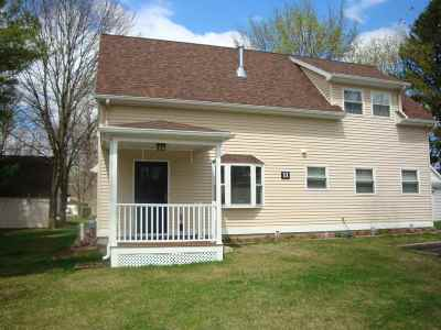 Colonie Single Family Home For Sale: 11 Kellogg Av