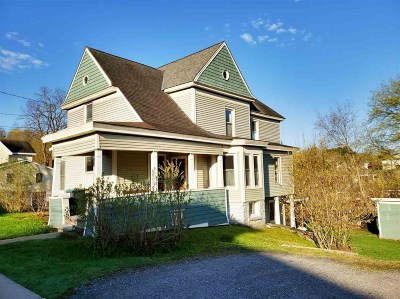 Canajoharie Single Family Home For Sale: 80 Moyer St