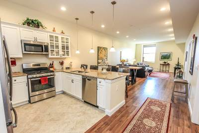 Single Family Home For Sale: 322 Broadway #303