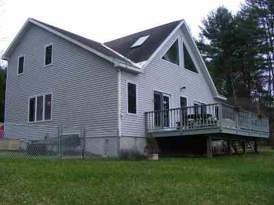 Benson, Broadalbin, Day, Edinburg, Hadley, Hope, Mayfield, Mayfield Tov, Northampton Tov, Northville, Providence Single Family Home For Sale: 244 Hunter Heights Rd
