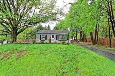 North Greenbush Single Family Home For Sale: 17 Baker Av