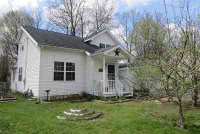 Glens Falls Single Family Home For Sale: 25 Franklin St