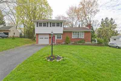 Colonie Single Family Home For Sale: 13 Beechwood Dr