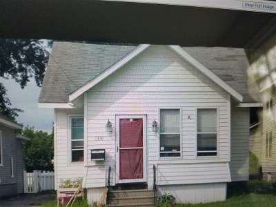 Schenectady Single Family Home For Sale: 1430 Albany St