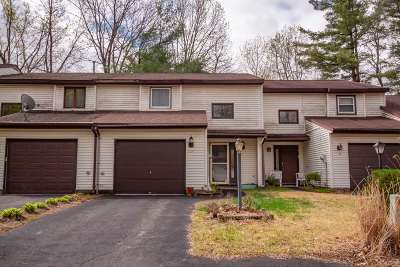 Saratoga County Single Family Home For Sale: 128 Tallow Wood Dr