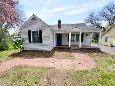 Glens Falls Single Family Home For Sale: 13 Jackson Av