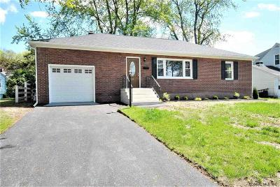 Colonie Single Family Home For Sale: 27 Forest Dr