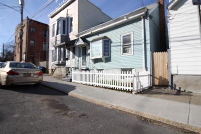 Albany Single Family Home For Sale: 29 South St