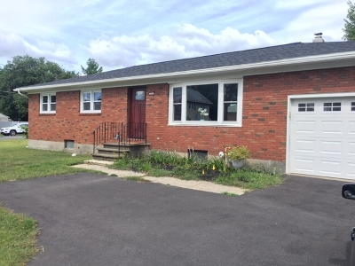 Colonie Single Family Home For Sale: 285 Sand Creek Rd