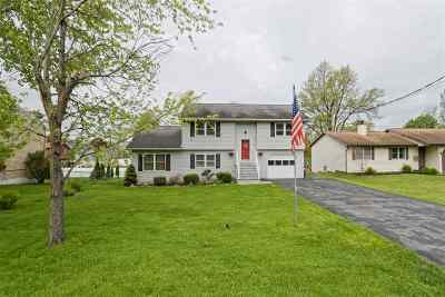 Colonie Single Family Home For Sale: 170 Forts Ferry Rd