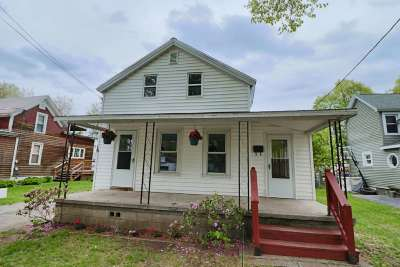 Glens Falls Single Family Home For Sale: 19 New St