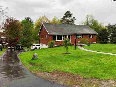 East Greenbush Single Family Home For Sale: 4 Kevin La