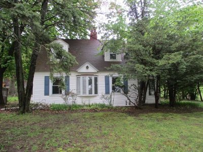 North Greenbush Single Family Home For Sale: 567 Bloomingrove Dr