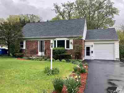 Guilderland Single Family Home For Sale: 8 Ruth Ter