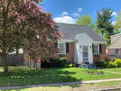 Colonie Single Family Home For Sale: 44 Reber St