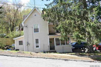 Gloversville NY Single Family Home For Sale: $39,000
