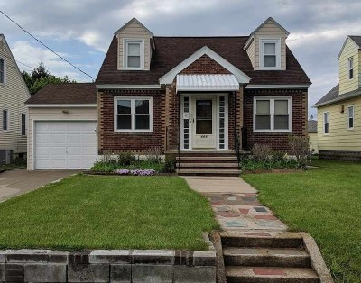 Schenectady County Single Family Home For Sale: 466 Melrose St