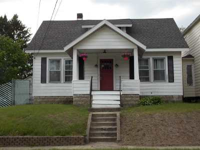 Schenectady Single Family Home For Sale: 61 Roosevelt Av