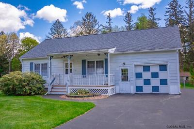 Schenectady County Single Family Home For Sale: 5 Wheeler Dr